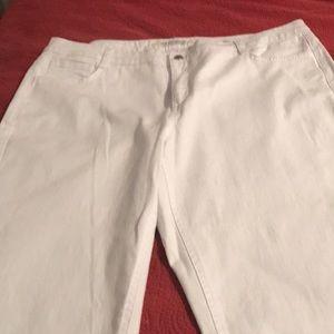 Jones New York Sutton Straight White Jeans Women